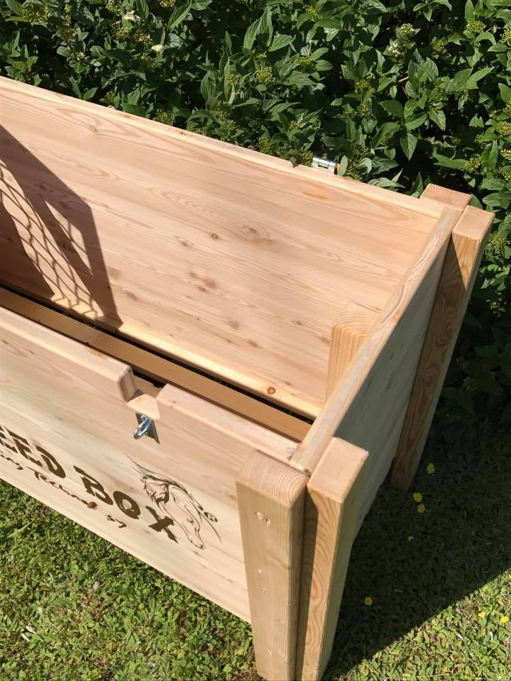 HORSEFEED BOX® - SIBERIAN GOLD LARCH HIGH & LONG