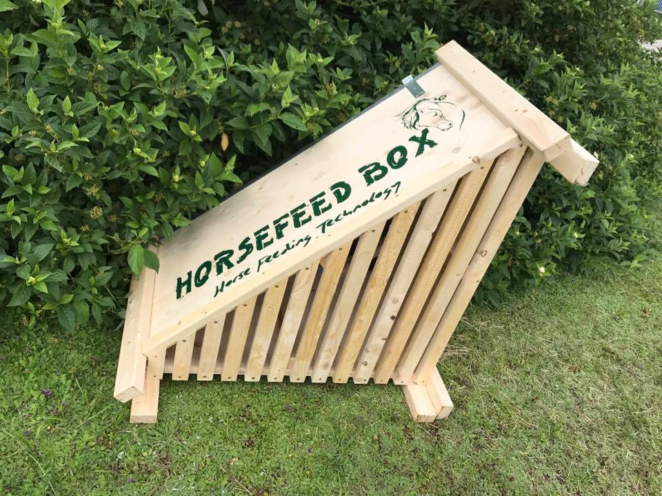 HORSEFEED BOX CLASSIC CORNER Small Horse - Modell 2019