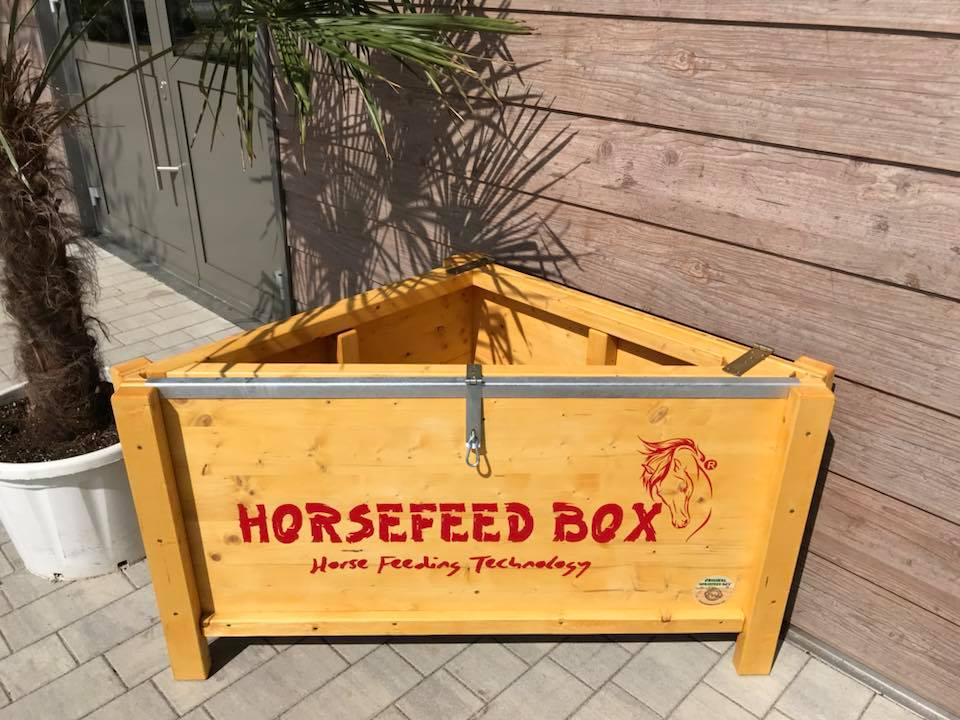HORSEFEED BOX CLASSIC CORNER - Modell 2019