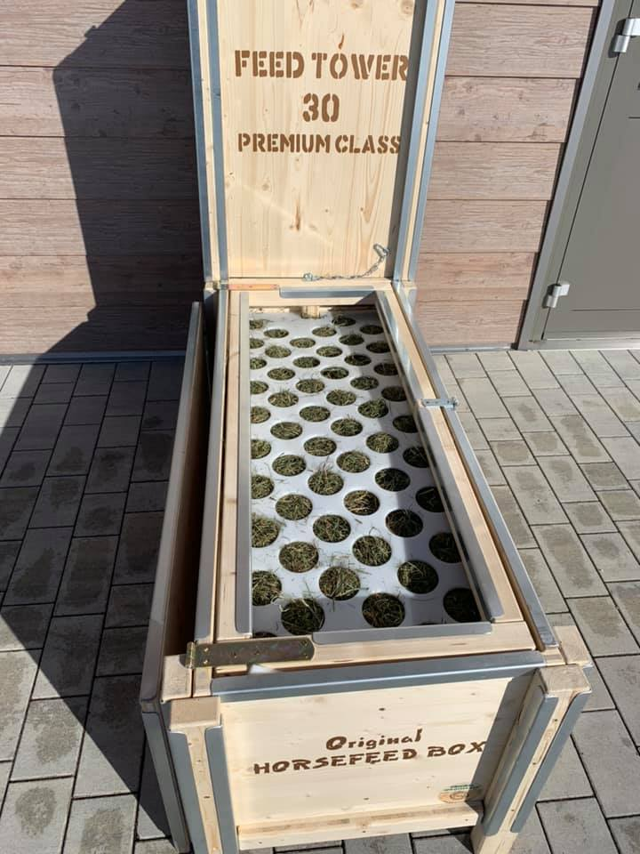HORSEFEED BOX® CLASSIC FEED TOWER 30 - PREMIUM CLASS