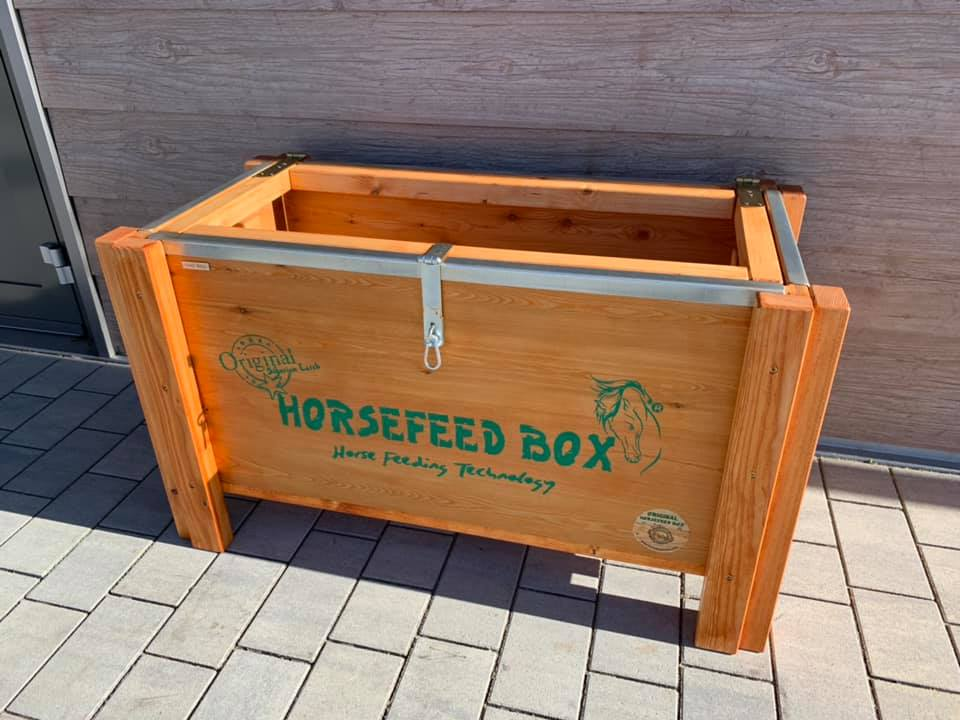HORSEFEED BOX® - PREMIUM SIBERIAN GOLD LARCH  Small Horse - Mode
