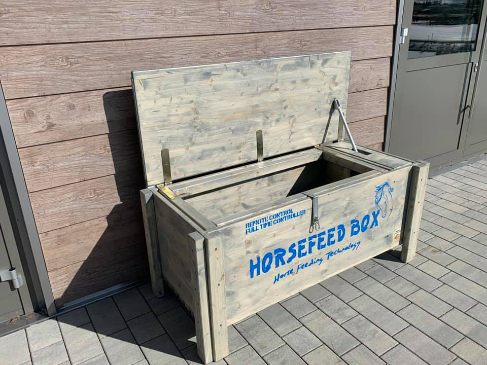 Original HORSEFEED BOX® REMOTE CONTROLLED D.E.E.P. Long