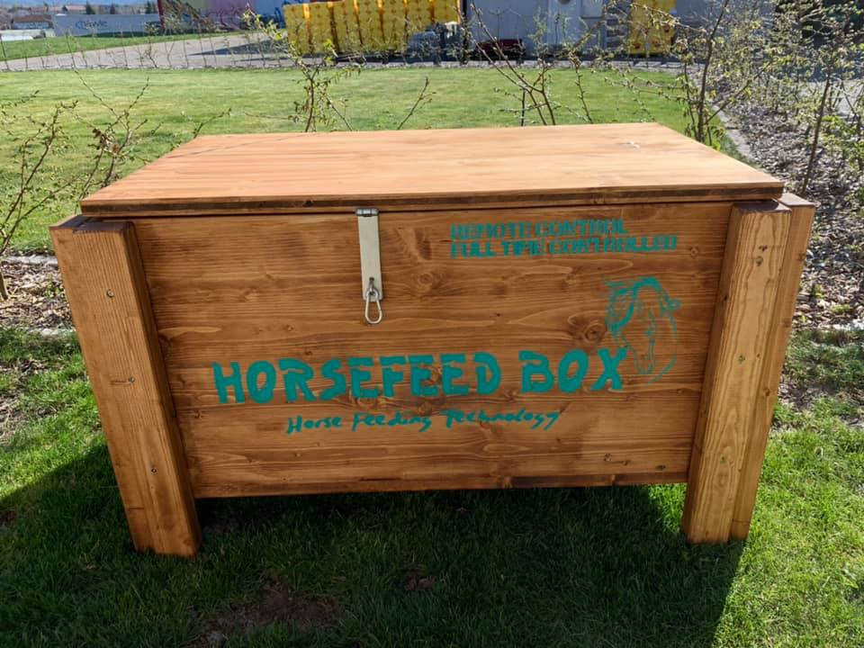 Original HORSEFEED BOX® FULL TIME CONTROLLED D.E.E.P. Short