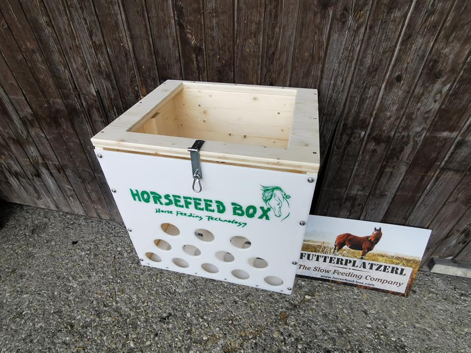 HORSEFEED BOX CLASSIC DeLuxe Hay Trough